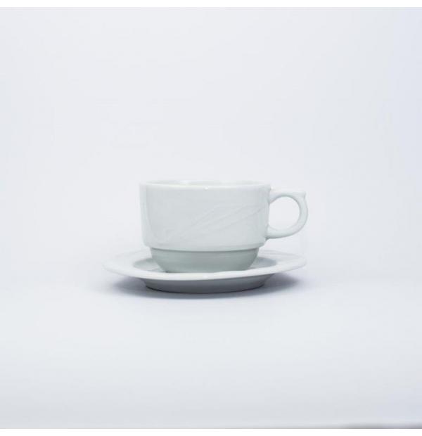 Tasse et sous tasse à capuccino